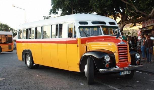 Maltese Vintage Bus All Malta Business